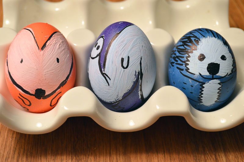 Relish-Decor-easter-egg-painting-Mark