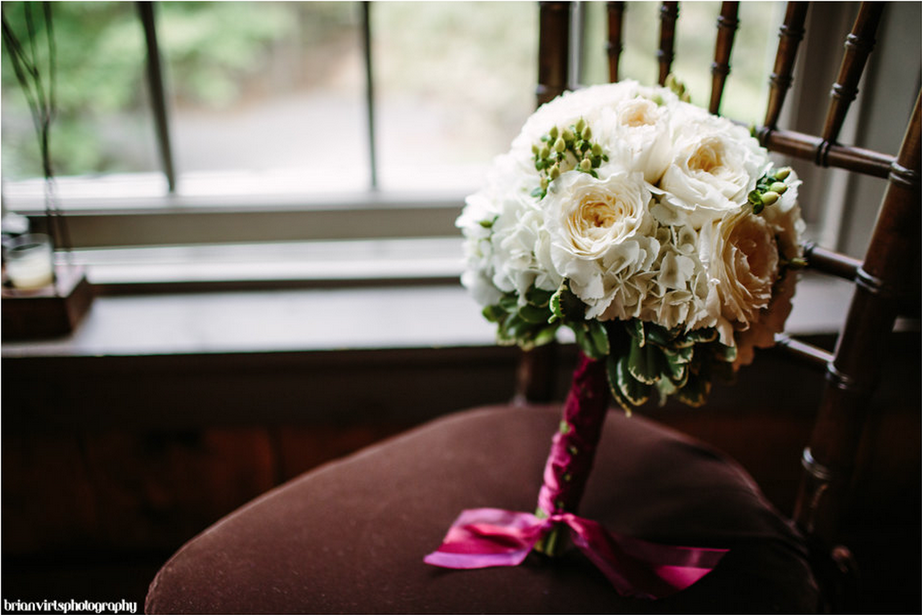 bridal_floral_bouquet_romantic_wedding