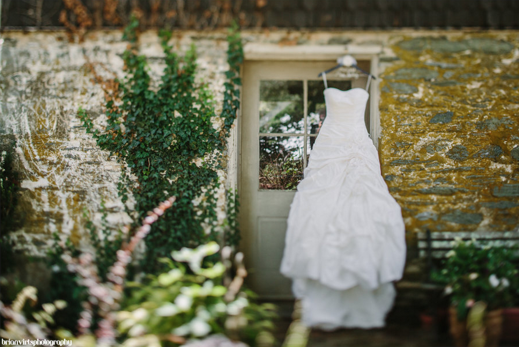 bride_wedding_dress_farm