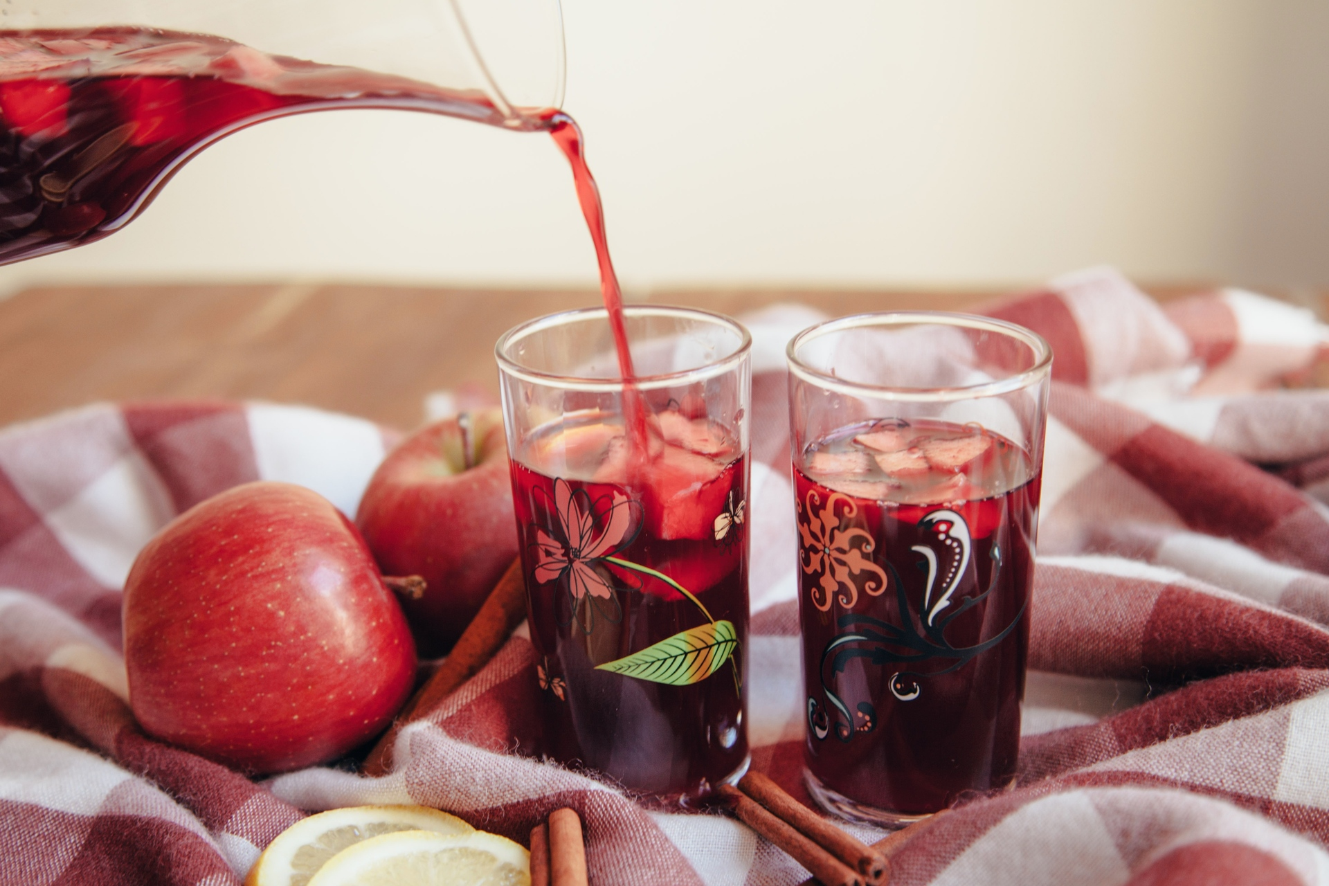 winter sangria relish decor 3