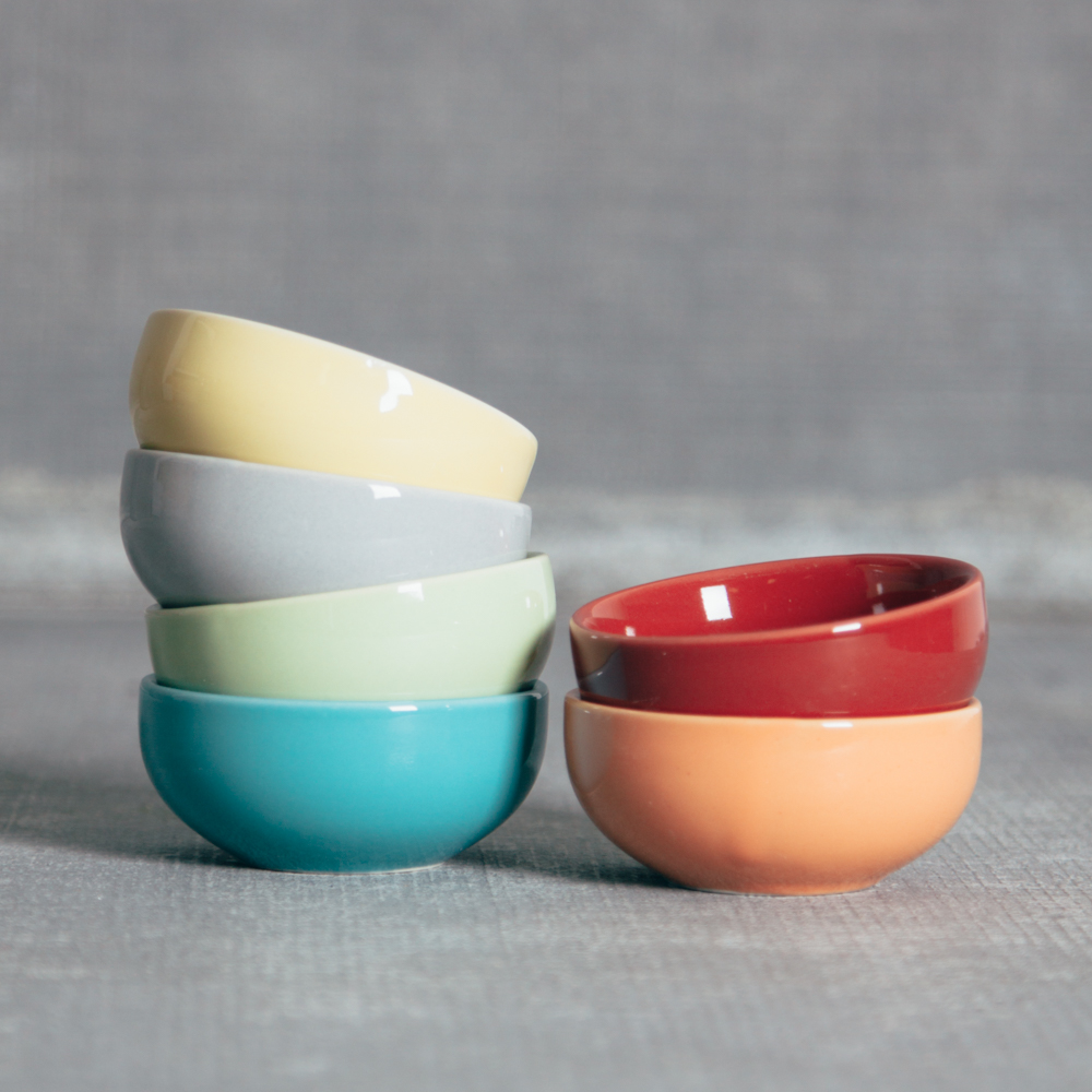 Aria Color Pinch Bowl Relish Decor