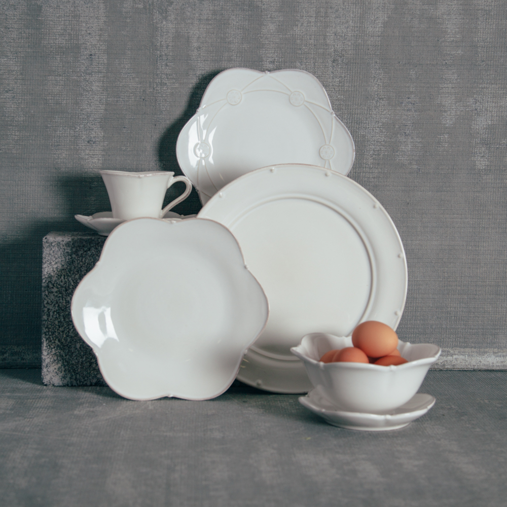 casafina meridian white scalloped dinnerware collection relish decor - White Dinnerware Sets
