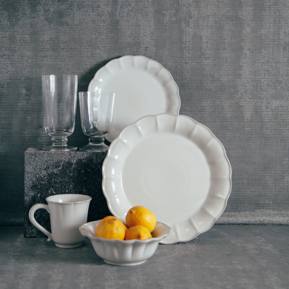 Casafina South Beach Scallop Dinnerware and Glassware Collection White Relish Decor