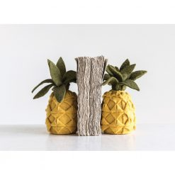 felted-pineapple-bookends-relish-decor