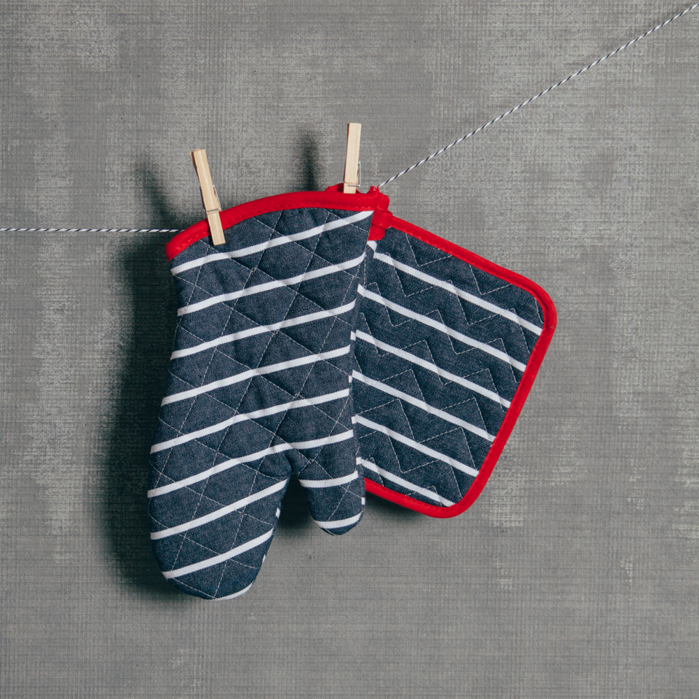 Denim Stripe Pot Holder & Oven Mitt Set Relish Decor