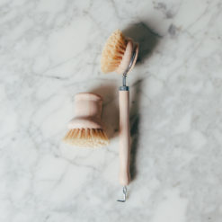 Essential Kitchen Brush Relish Decor