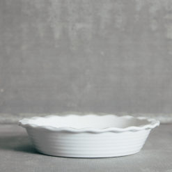 Essential Pie Plate White Ruffle Relish Decor