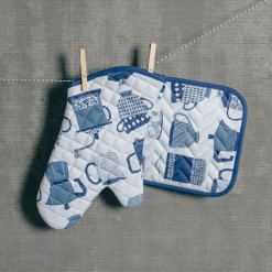Hot Brews Pot Holder & Oven Mitt Set Relish Decor