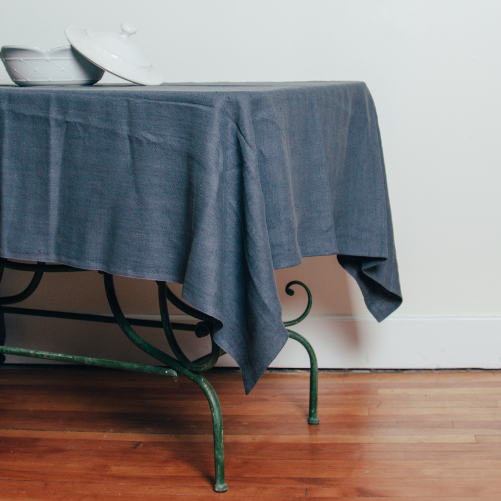 Lara Linen Tablecloth
