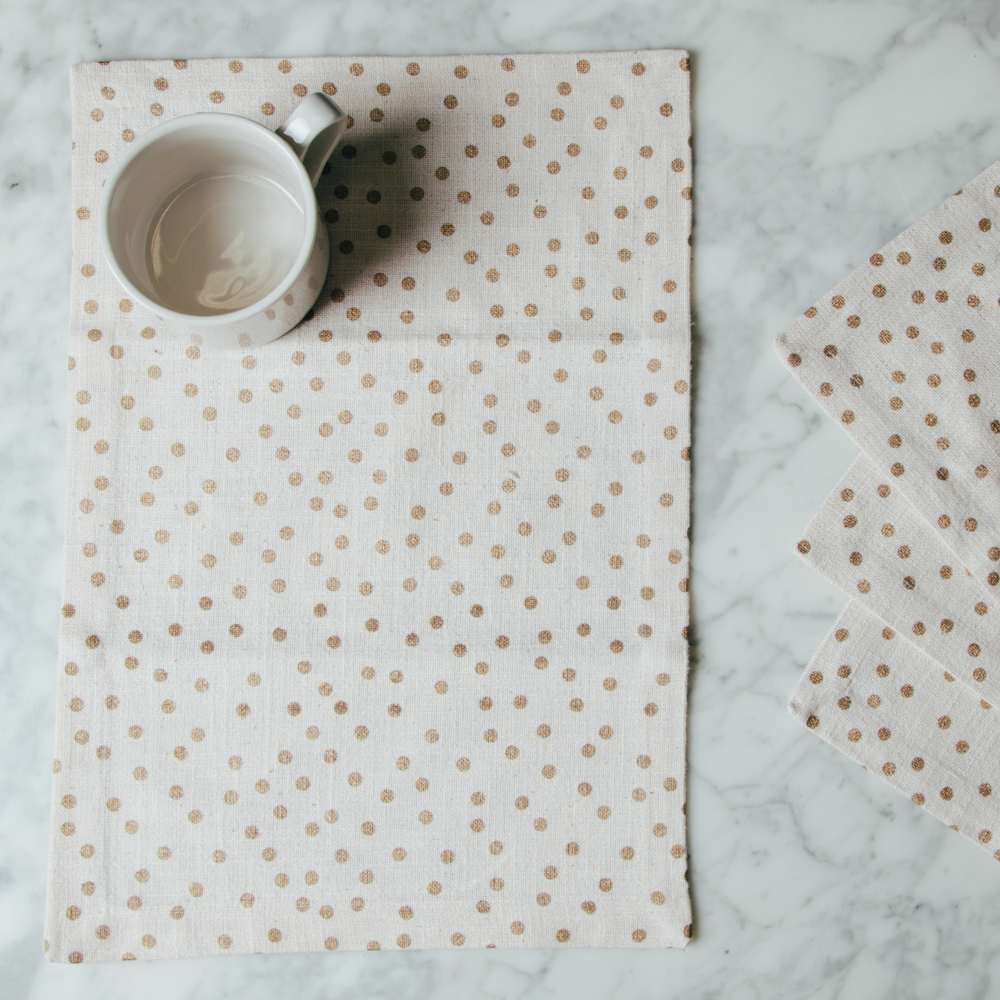 soiree placemats gold dot set of four relish decor