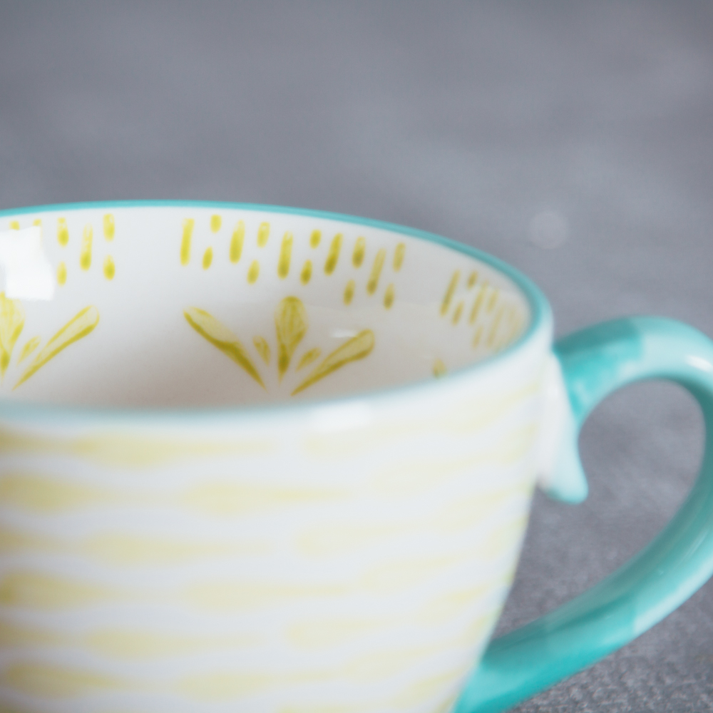 fiesta coffee mug relish decor green drop detail