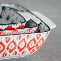 akita pattern bakeware red relish decor detail