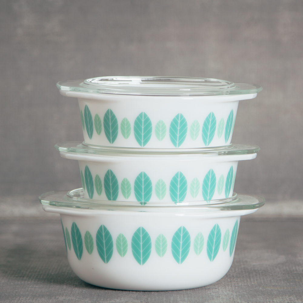 Retro Mod Verde Bakeware Storage relish decor