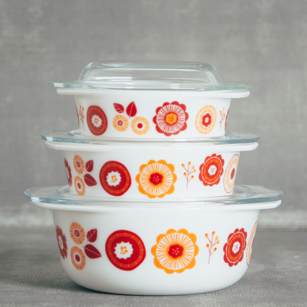 Retro Mod bloom Bakeware Storage relish decor