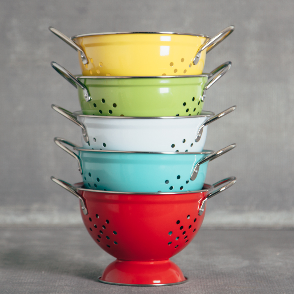 Pamela bright colander small relish decor