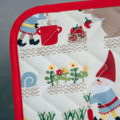 gnome sweet gnome potholder and oven mitt set relish decor detail