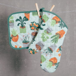 Green thumb potholder and oven mitt set relish decor