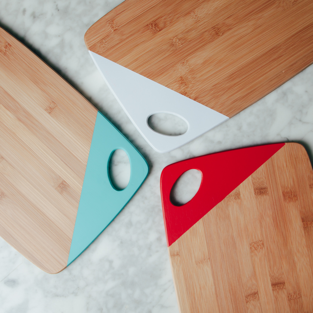 Essential bamboo cutting board relish decor