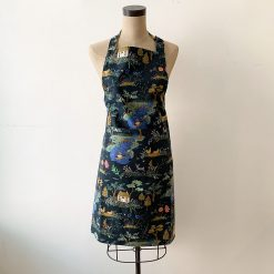 the-local-project-english-garden-toile-navy-apron-relish-decor
