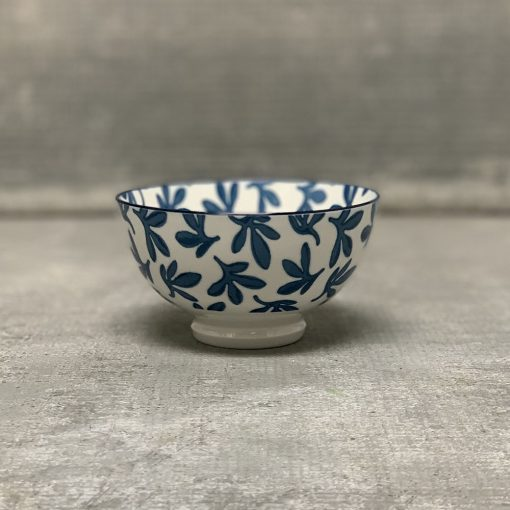 akita-coupe-stamped-bowl-blue-floral-relish-decor