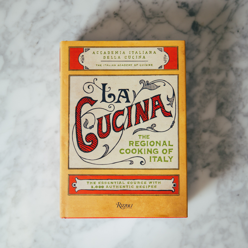 La Cucina Cookbook Relish Decor