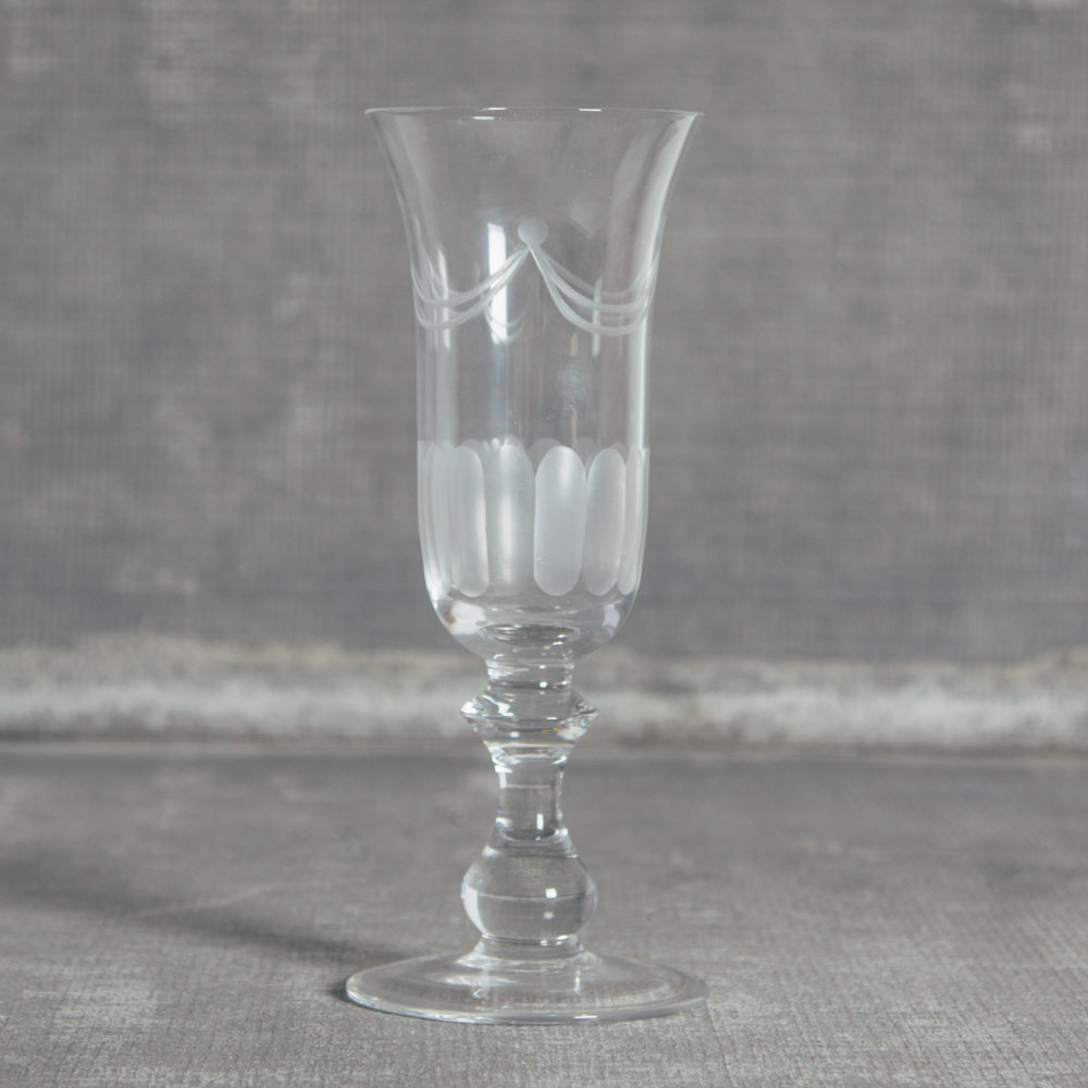 Lydia Classic Glassware Champagne Flute Glass Relish Decor