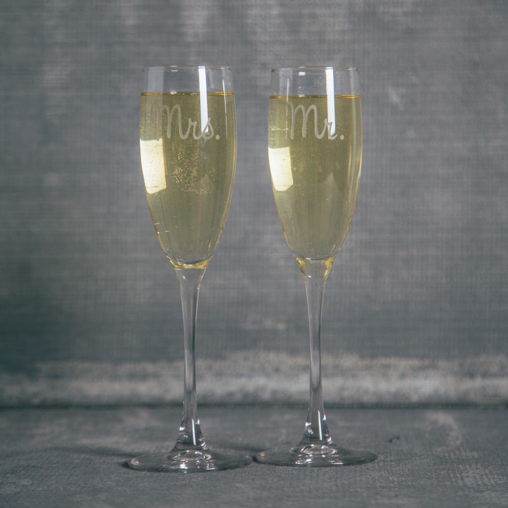 Mr Mrs Champagne Flutes Etched Relish Decor Jolie Glassware