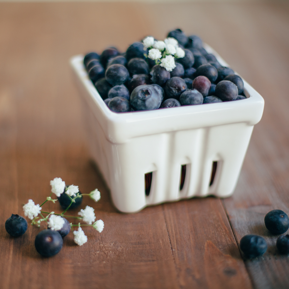 Petite Classic White Berry Basket Relish Decor