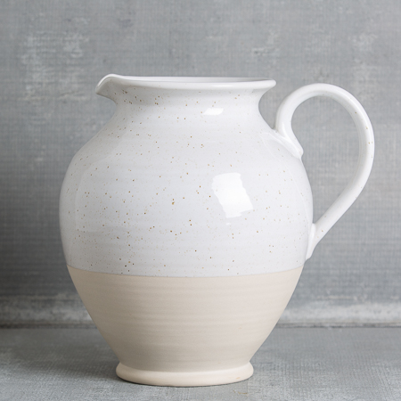 casafina-fattoria-large-pitcher-white-relish-decor