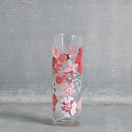 fishs-eddy-poppies-glass-pink-relish-decor
