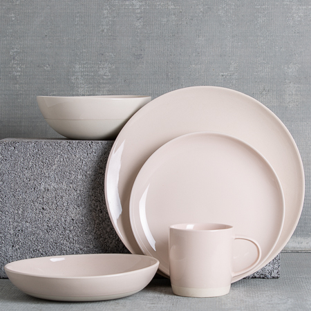 canvas-home-shell-bisque-soft-pink-dinnerware-relish-decor