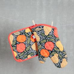 Relish Decor Pot Holder Oven Mitt grove