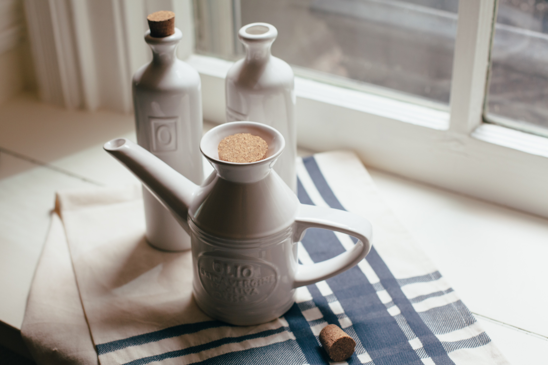 Tuscan Olive Oil Can Relish Decor