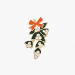 rifle-paper-co-mistletoe-enamel-pin-relish-decor